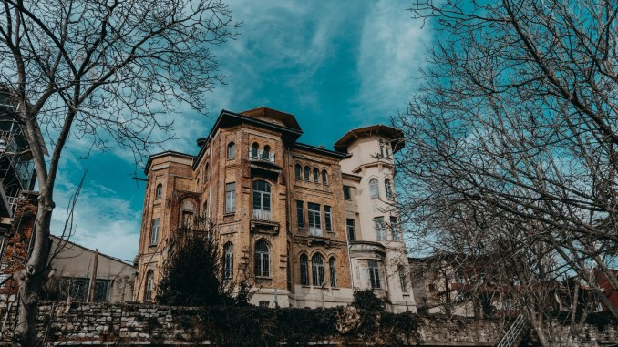 ibb buys the habip bey mansion, known as the bulgur palas, with the bolulu