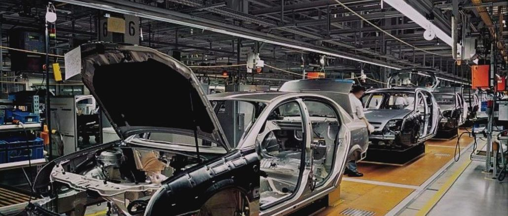 Automotive production increased% and exports increased% in the first four months.