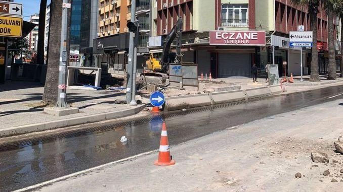 izmir halit ziya boulevard is closed to traffic