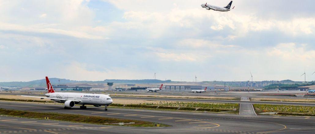 Број путника који користе авиокомпанију приближио се милионима у месецу у години