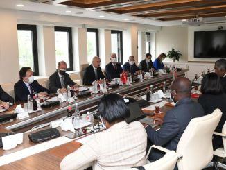 Είμαστε έτοιμοι να συνεργαστούμε σε κάθε τρόπο μεταφοράς με την Αγκόλα