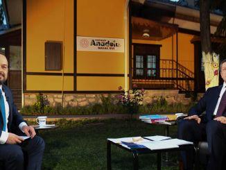 รัฐมนตรี Selcuk ตอบคำถามเกี่ยวกับวาระการศึกษา