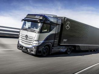 تبدأ شاحنات دايملر في إجراء اختبارات مكثفة لشاحنة مرسيدس بنز التي تعمل بخلايا الوقود