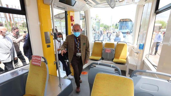 Kumlubel tram line opened in Eskisehir