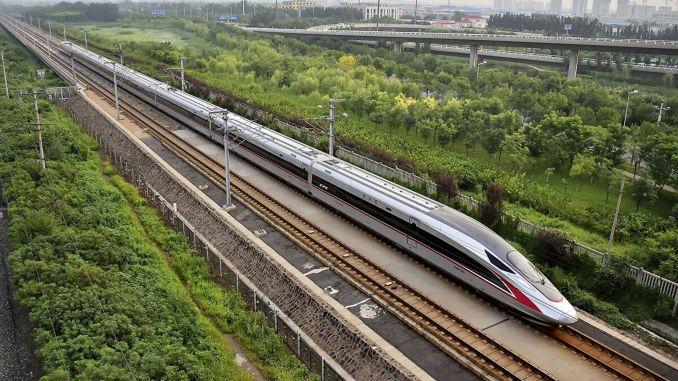 بدأ قطار فوكسينج فائق السرعة في التبت