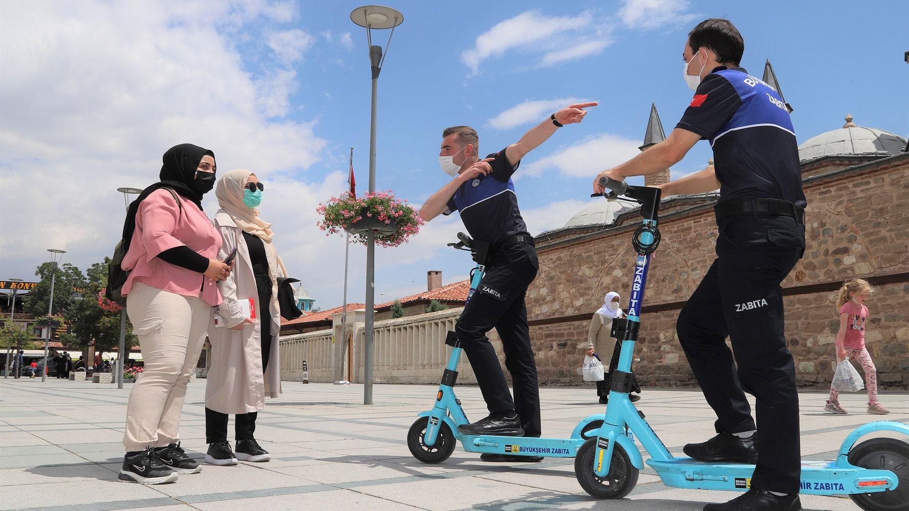 konya buyuksehir zabitasi elektrikli scooter ile hizmet veriyor