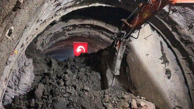 light appeared in the tailor tunnel of the army ring road project