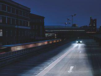 لا تخاطر بسلامتك في حركة المرور باستخدام مصابيح أمامية مزيفة