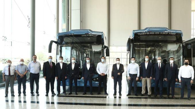 خرجت أول حافلة كهربائية محلية في تركيا من النطاق