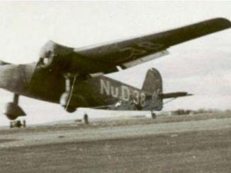 غبار أول طائرة تركية صنعت في اسطنبول في طريقها إلى أنقرة