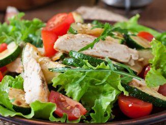 Действительно ли ваш салат подходит для диет? Обратите внимание на эти детали при употреблении салата?
