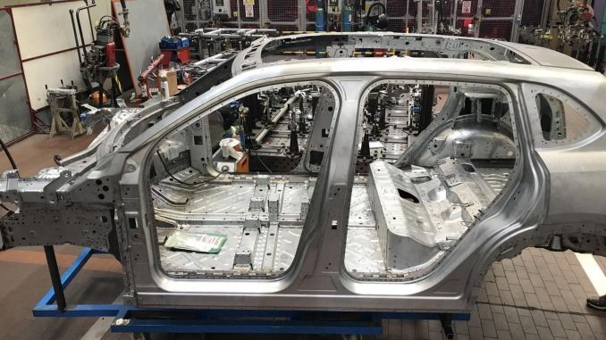 Произведена первая кузовная сборка отечественного автомобиля тогг.