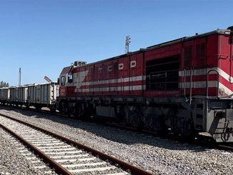 yardim komurlerini tasiyan trenler soma ve tuncbilekten yola cikti
