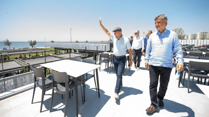 Yasemin Cafe is at the service of the people of Izmir again