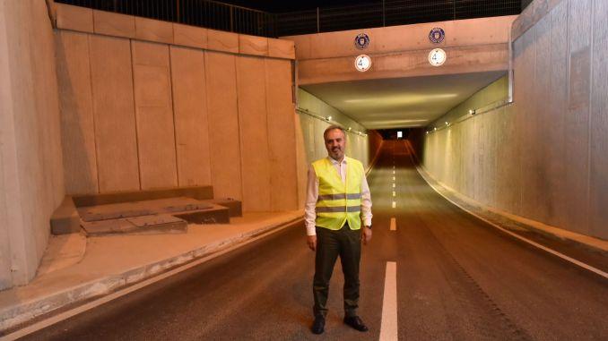 Die Arbeiten an der U-Bahn-Kreuzung zur Entlastung des Verkehrs an der Anschlussstelle Acemler sind abgeschlossen