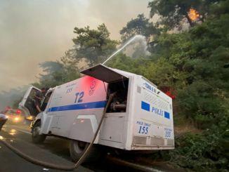 Wie viele Toms sind daran beteiligt, die Brände in Antalya und Mugla zu beenden?