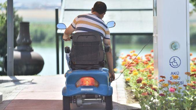 baskentte engelli vatandaslar icin parka sarj istasyonu kuruldu
