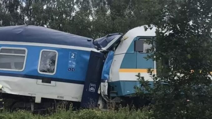 There are many dead and injured trains in Czechia