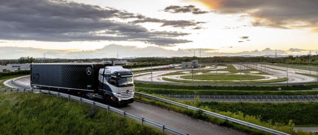 xe tải và vỏ daimler hợp tác trên xe tải chạy pin nhiên liệu
