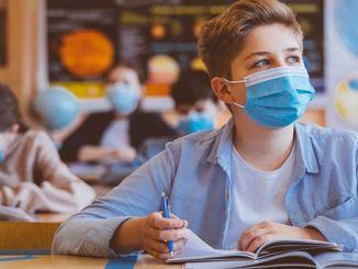 ילדים המתקשים לחזור לבית הספר עלולים לחוות בעיות תקשורת