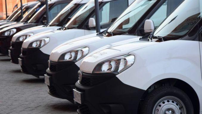 تتزايد حصة المركبات التجارية الخفيفة في تأجير المركبات التشغيلية