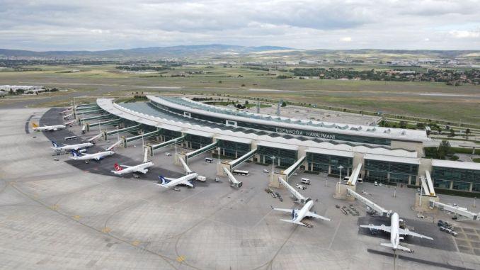 temmuz ayinda milyon yolcu hava yolunu tercih etti