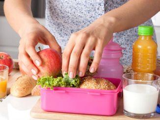 Nu ratați laptele din sacii de hrănire pentru copii