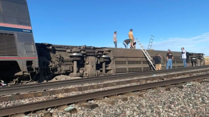 train accident in usa dead injured