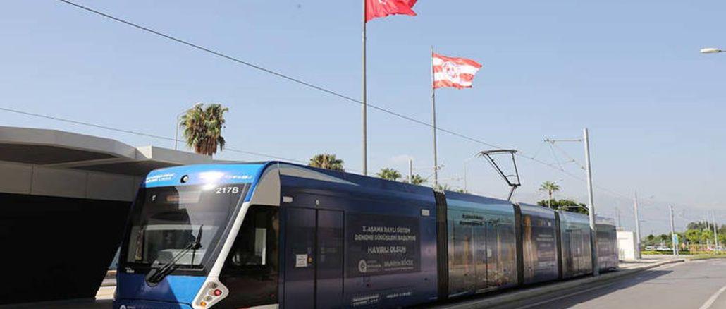 בדיקת שקי חול על קו מערכת הרכבת הבמה של מספר Antalya