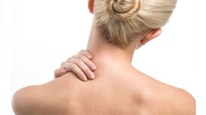 что вызывает спазм шеи каковы симптомы спазма шеи