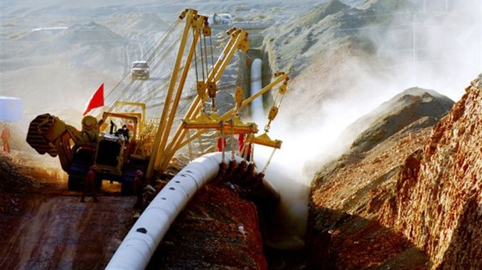 The genie started the construction of the pipeline that will carry gas from the west to the east