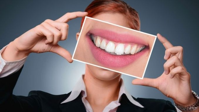 Attention should be paid to the causes of yellowing of the teeth.