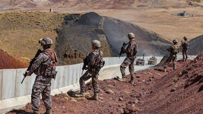 الإجراءات الأمنية على الحدود الإيرانية موكلة إلى الأسرى