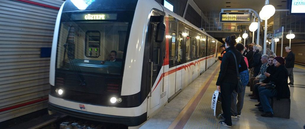 The solution to the traffic problem in Izmir is to concentrate on rail transportation and sea transportation.