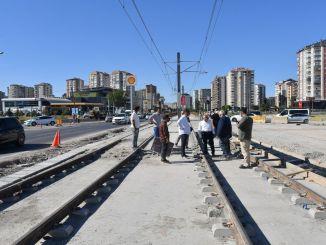 in Kayseri geht der Bau weiter, zwei Straßenbahnlinien werden zeitgleich fertiggestellt