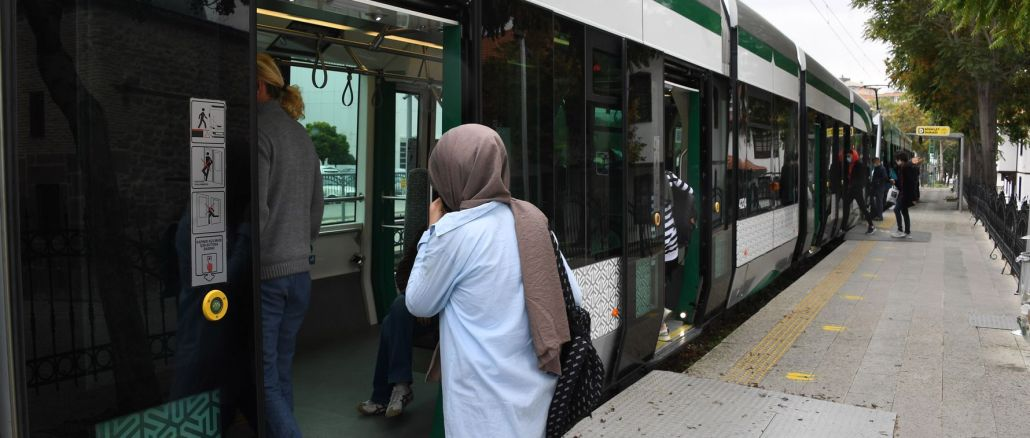 public transportation day is free for new university students in konya