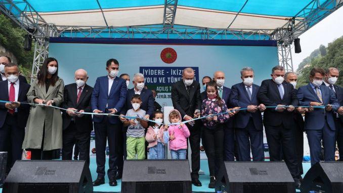 Rize Iyidere İKizdere Road Dattelpalme und Dattelpalmentunnel wurden eröffnet