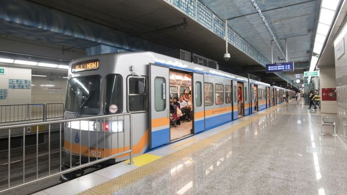 Is public transport free in Istanbul on October?