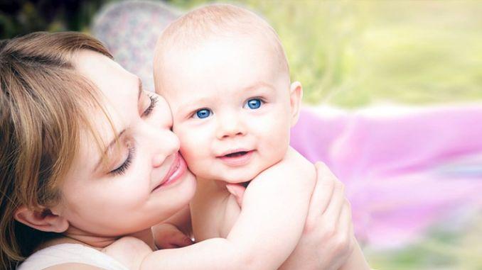 Auch wenn Sie schwanger sind, können Sie Ihr Baby stillen.