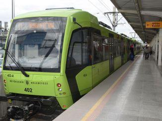 Die Wartezeit in der U-Bahn von Bursa hat sich verringert und die Kapazität hat sich erhöht
