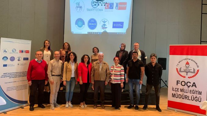 تم الانتهاء من اجتماع مشروع الاتحاد الأوروبي لإدارة الوجهات الذكية بجامعة دوكوز إيلول