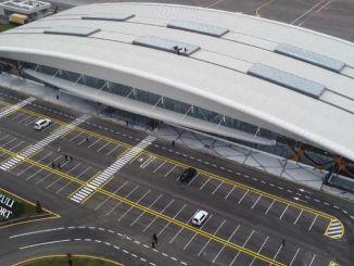 Der überflüssige Flughafen, an dem Erdogan und Aliyev eröffnet werden, wurde in einem Monat gebaut