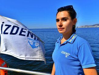 Перша жінка палубного персоналу Ізденіз розпочала роботу