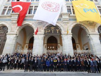 احتفل karaismailoglu بعمر مكتب البريد في مكتب البريد التاريخي الكبير للسيرك