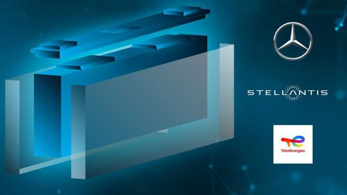 mercedes benz stellantis und totalenergiesin Batterieunternehmen kooperieren mit Automobilzellenunternehmen