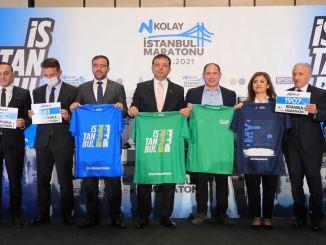 n Easy Istanbul Marathon wurde mit fliegenden T-Shirts eingeführt