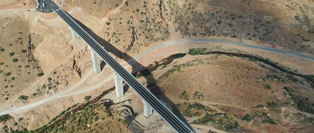 zarova bridge will reduce the transportation between siirt and eruh, which takes minutes, to minutes
