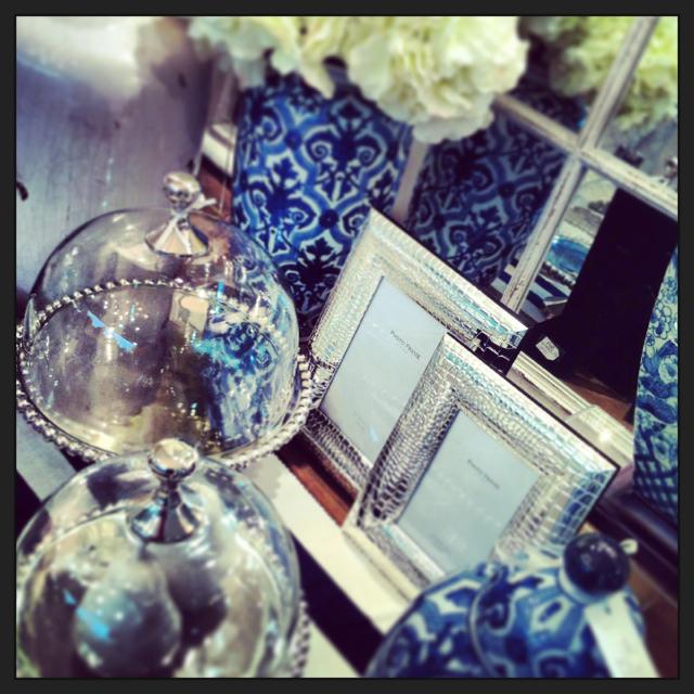 POK_La Maison_Blue