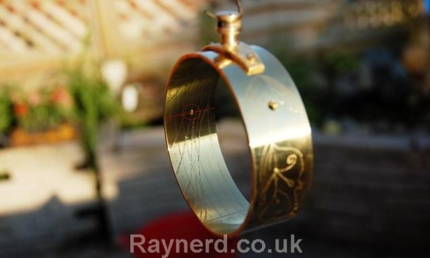 Portable Ring Sundial – Colin Thorne