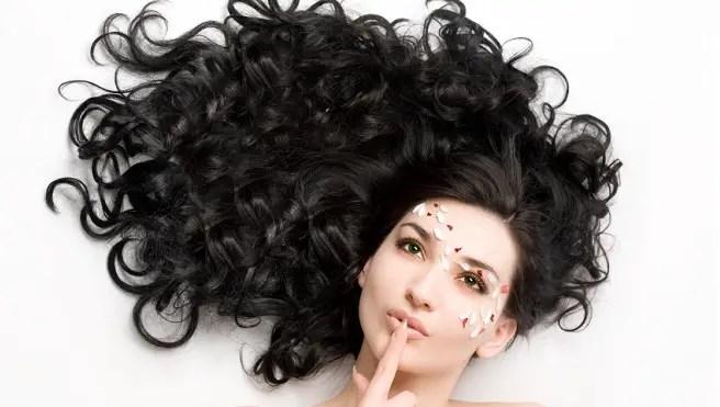 Como cuidar mi cabello crespo y seco